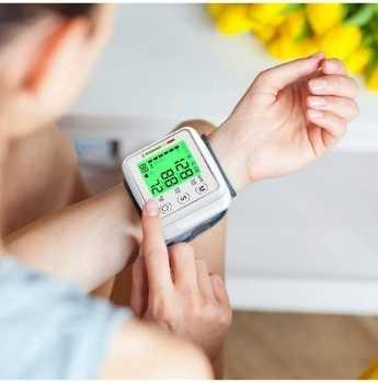 Handheld Blood Pressure Device (10)
