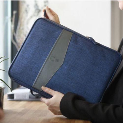 Minimalistic Laptop Organizer Bag